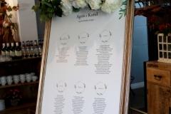 sztuczna girlanda z kwiatów biało-zielona 75 cm, wypożyczenie 20 zł